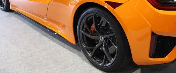 NSXのタイヤ