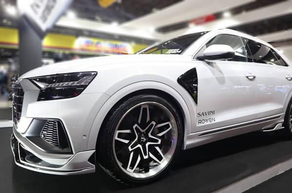 Audi Q8の24インチ